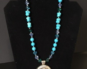 Beautiful turquoise necklace