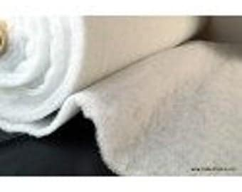 Wadding 100% polyester 100 g/m² 160cm x50cm