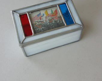 Stained Glass Replaceable Picture Box