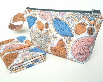 Diaper clutch, diaper changing pad, small diaper bag, travel changing pad, diapers and wipes case, nappy wallet, beach baby