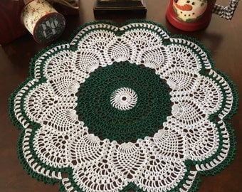 Green and White Doily - Crochet Doily - Green Doily - Green Crochet Doily - Holiday Doily - Holiday Decorations - Pineapple Doily