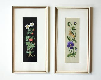 Two vintage stickery pictures, embroidery strawberry + pansy wall picture, wall decoration 50s / 60s, black natural stitched image