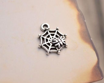 20 antique silver spider charms spiderweb charm pendant pendants  (L06)