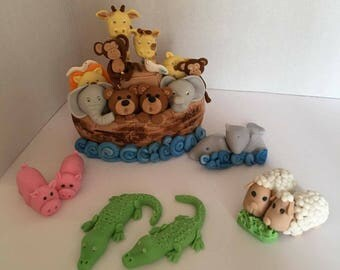 Noah's ark fondant cake topper