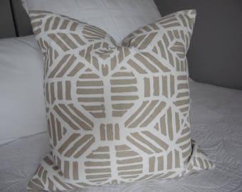 Gold Metallic.Geometric.Home Decor Pillow Cover.Slip Cover.METALLICS.Modern.Champagne/bronze Slip Covers.Pillow Cover.Gold.White.Metallic