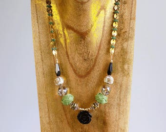Green and Black Necklace With Frida Kahlo Inspired Beads, Statement Necklace With Bold Chunky Beads, Boho Jewelry, Boho Necklace