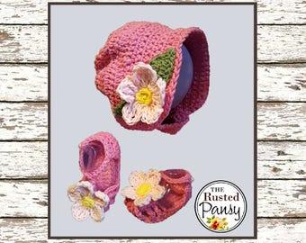Crochet baby girl sun bonnet and matching sandals, size 3-6 months.