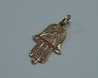 14K Yellow Gold Hamsa Hand Filigree Pendant