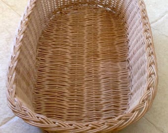 old oval basket, woven Wicker, French basketry