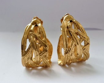 YVES SAINT LAURENT Paris vintage jewelry clips golden metal earrings made in France haute couture 1980 perfect condition retro fashion