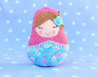 Matryoshka doll Keychain, charm doll, Matryoshka, Russian doll felt, Russian doll, personalized Keychain, matryoshka doll