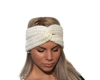 Cream Hand Crochet Headband/ Womens Ear Warmer /Hand crocheted woman accessory/ custom color headband/ winter fashion/ gift for her
