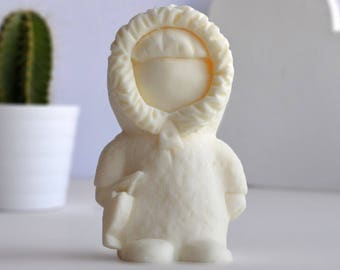 Eskimo Figurine