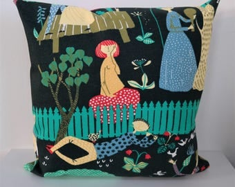 Double-sided 18'' EDEN - THE GARDEN cushion cover. For pillow 45x45 cm (18''x18''). Handmade from fabric designed by Stig Lindberg