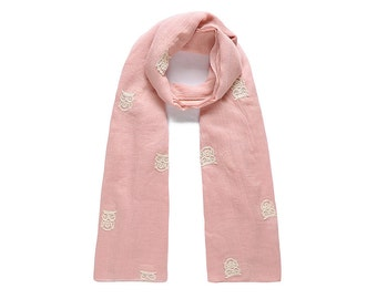 Embroiderd owl print scarf