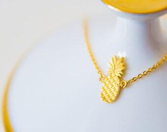 Gilded Pineapple Bracelet
