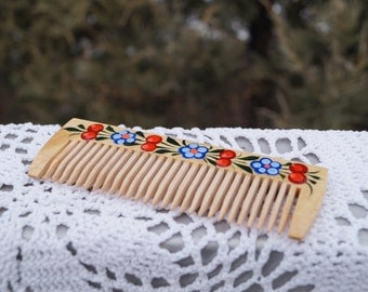 Wooden comb Hand-painted comb Ukrainian gifts Gift for her Gift for girl Girls comb Natural comb New Year Gift for girlfriend Viburnum art