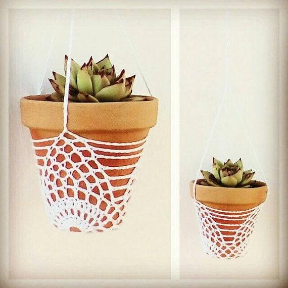 Lacy Plant Pot Holder