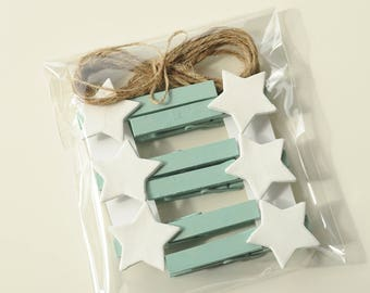 Turquoise clothespins, decorated clothespin, set of clothespins, blue green pegs, wooden clothespins, jute rope, small clay stars, wood pegs