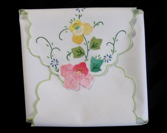 Vintage Appliqued Bread Basket Liner, Bread Hot Roll Cover, Dinner Roll Cover, White Cotton, Pink, Yellow, Blue Floral Applique  (cv1816)