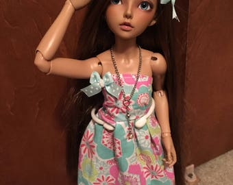 Slim msd cutie bust dress