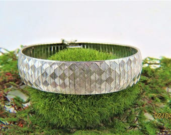 "Christmas Sale Solid Sterling Silver Rhodium Finish  Textured Wide Omega Bracelet, 7.5"" LIRM Italy"