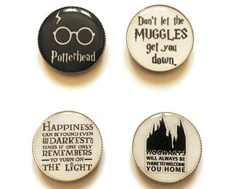 Harry Potter magnets or Harry Potter pins, Hogwarts magnet, Muggles magnet, Harry Potter glasses, Harry Potter Happiness