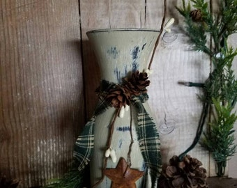 Distressed Carafe Vase, Primitive, Rustic, Country Decor