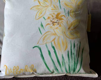 Square, hand-painted daffodil throw pillow, yellow daffodil throw pillow, daffodil accent pillow, yellow flowers, spring flowers