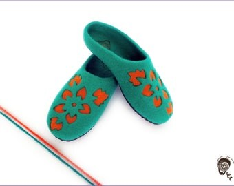 Women Slippers Felted Orange Flowers Eco Friendly Shoes Wool Organic Clogs 3D Painting Green Shoes Natural Girlfriend Personalized Moms Gift