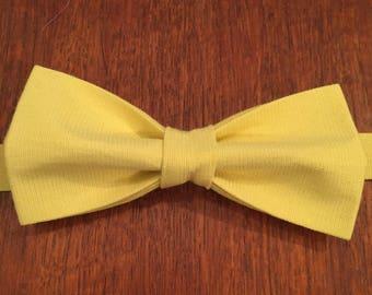 Mens Lemon Bow tie, Groomsmen Bow Tie, Groom Bow Tie, Wedding Bow Tie, Adjustable Bow Tie