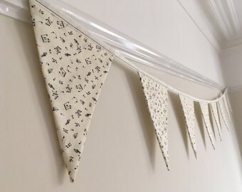 Musical Bunting, music gift, home deco, hanging decoration/garland. white and black musical notes, piano lovers gift!