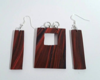 Rectangle Ripple Effect Necklace and Earrings Set