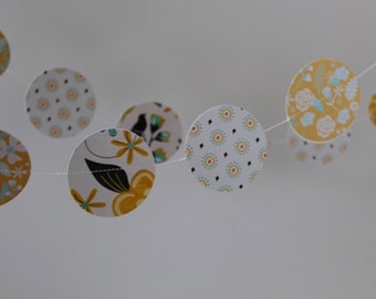 OH BABY FLOWERS paper garland with birds.