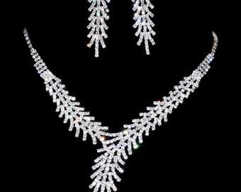 Fashion Personality Charming Jewelry Set Silver Wedding Rhinestone Necklace Earrings Set