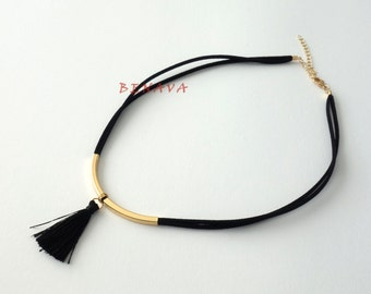 Choker necklace collar with a tassel of black gold
