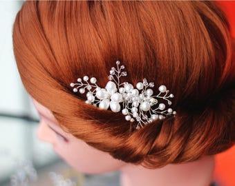 Swarovski pearl hair comb, pearl hair comb, bridal hair comb, wedding hair comb, bridal headpiece, Swarovski Crystals hair comb, bridal comb