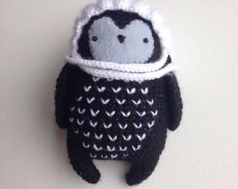 Penguin baby, amigurumi toy, handmade crocheted, black penguin with winter hat, children toy