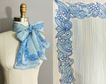thessaloniki / blue striped vera scarf with gryphon border