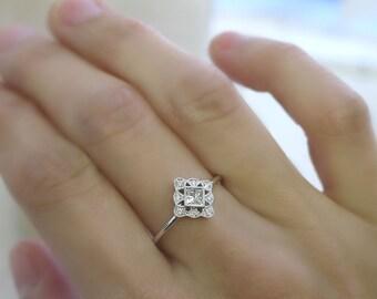 18K solid gold princess cut diamond art deco ring