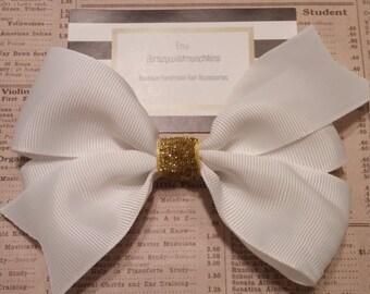 Big White Hair Bow, girls hair bows, hair accessories, beautiful hair bow, spring hair bows