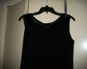 Vintage Jones New York Sleeveless Little Black Dress Size 8