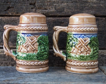 Stein Beer Mug Shaped Salt and Pepper Shakers with Handles - Made in Japan