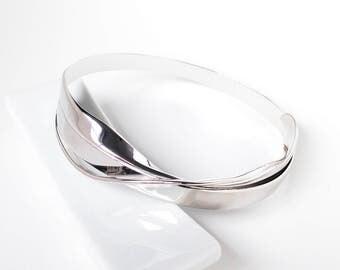 Escher-01: sterling silver infinity Bracelet