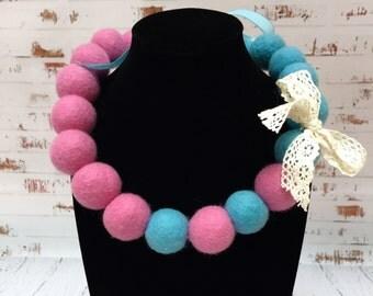 Beads for girls are made of merino wool .