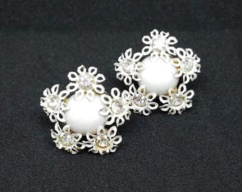 Rhinestone Centered Enamel Flower Button Screw Back Earrings Vintage - 1950s