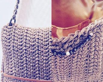Crochet handbag beige with black silver details