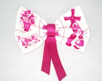 Dutch Pink hairbow. Kawaii, lolita