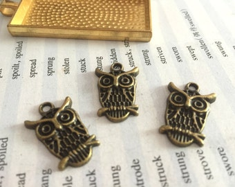 20Pieces /Lot Antique Bronze Plated 15mmx19mm owl Charms