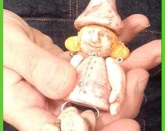 """Collana in ceramica con bambolina: """"Gnomo femmina""""/ Clay necklace with little doll """"Gnome"""""""